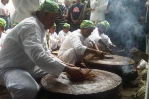 Foto ilustrasi: Saat  Acara Keraton Kanoman Cirebon Gelar Siraman Gong Sekati. (ist)