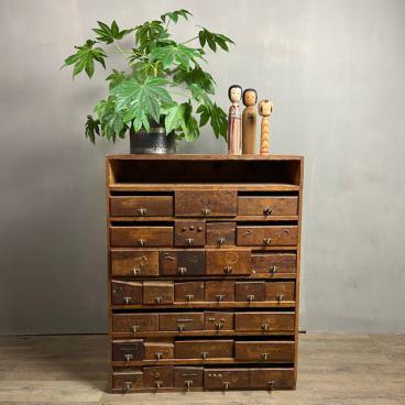 Ladekast – houten kast