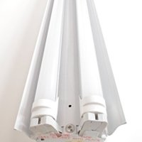 White 4-foot 2-light Shoplight with 2x LED T8 24 Watt Tubes
