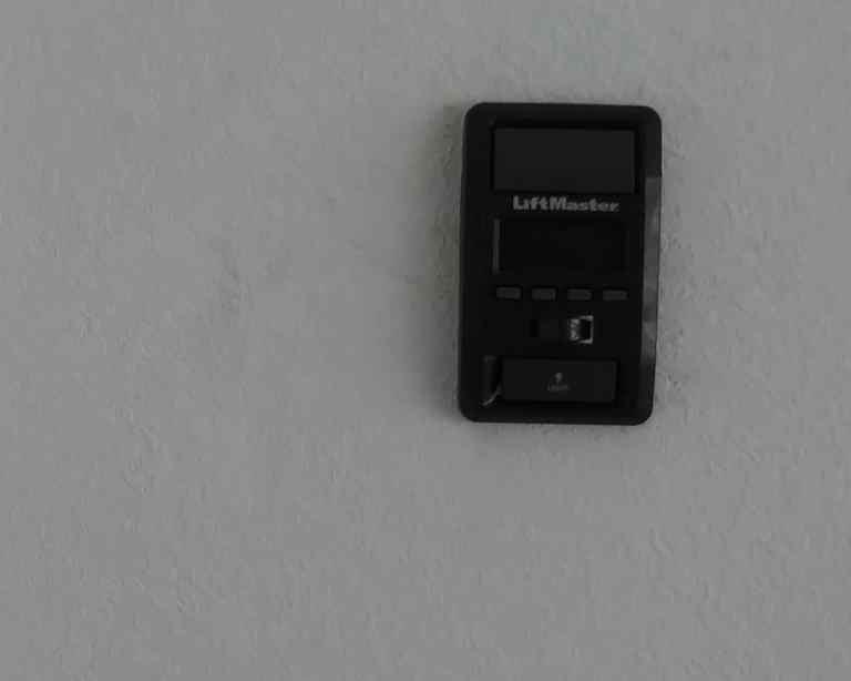 LiftMaster-880LM-Smart-Control-Panel