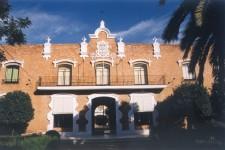 Fachada Hogar Virgen de los Reyes