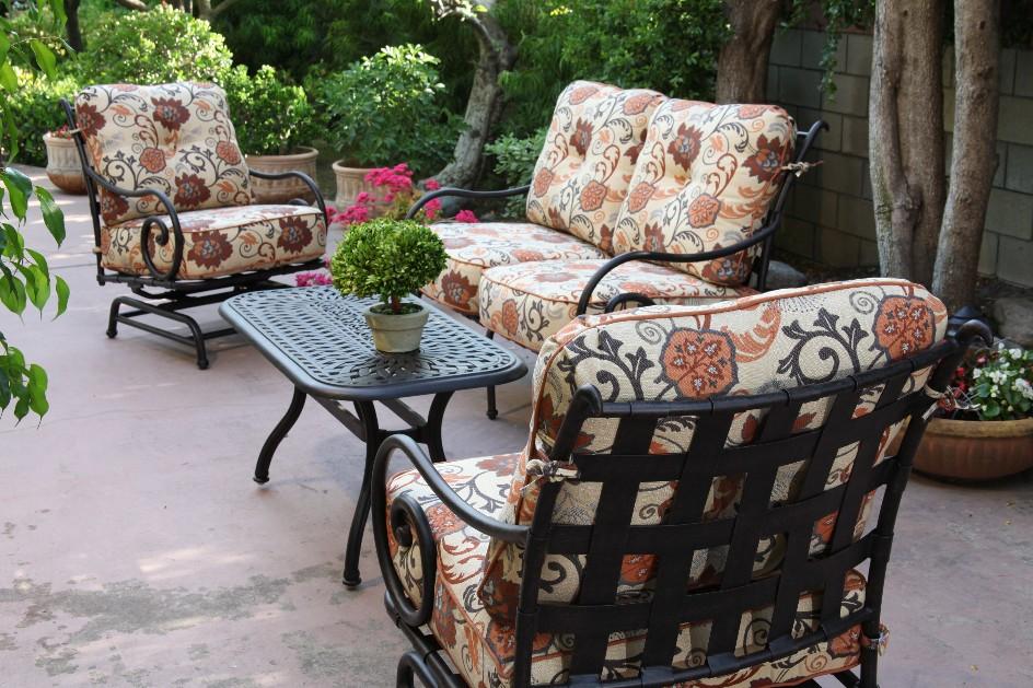 Patio Furniture Garden Planters Sunbrella Pillows