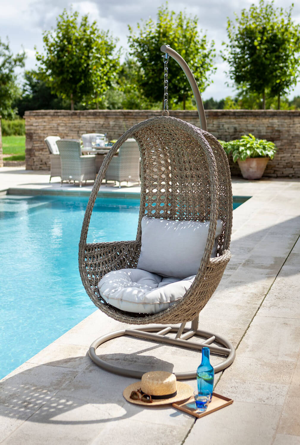 Hartman Heritage Hanging Egg Chair With Cushion In Beech Dove 349 Garden4less Uk Shop