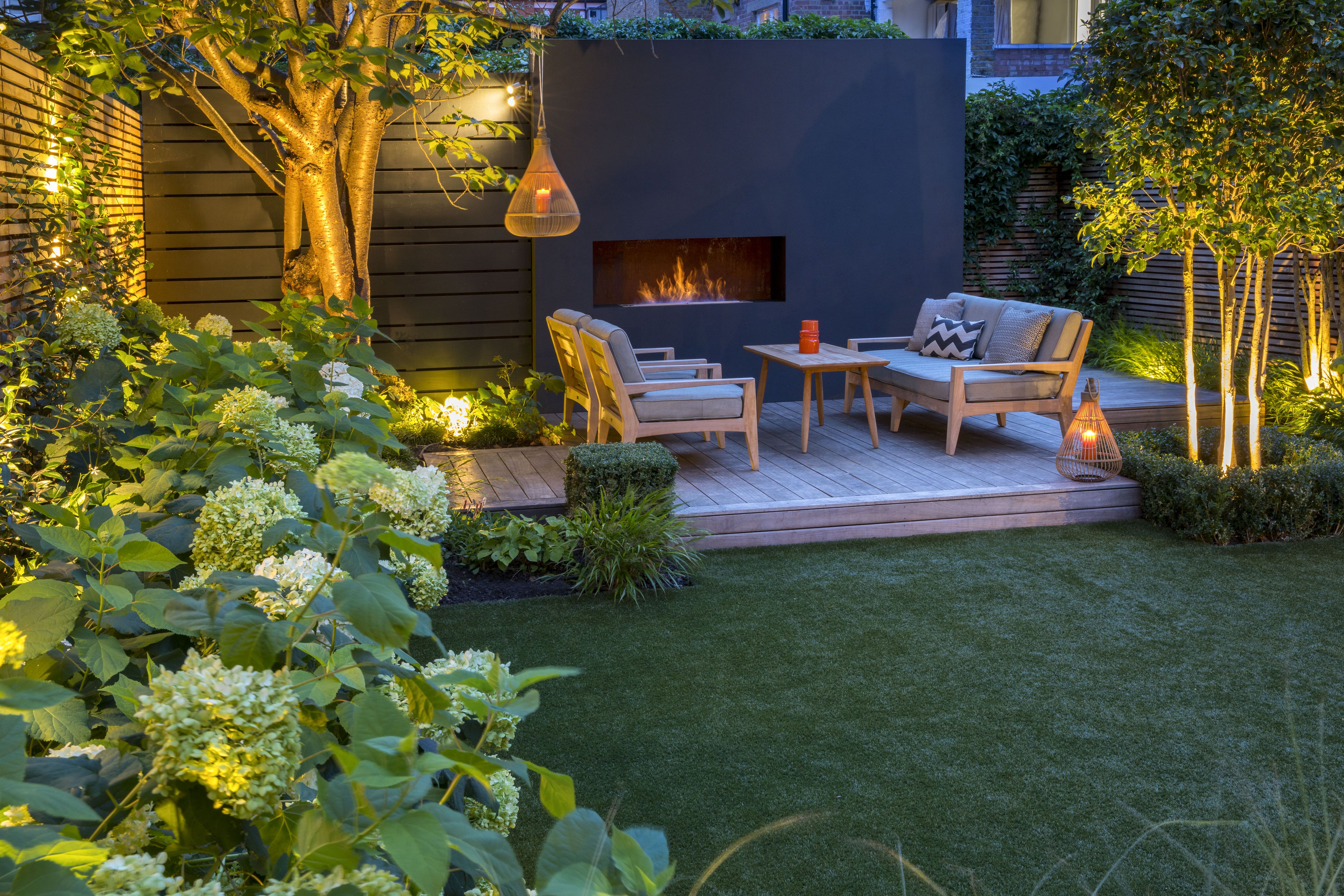 Outdoor Fireplace Garden Designs - Garden Club London on Landscape Garden Designs For Small Gardens id=33877