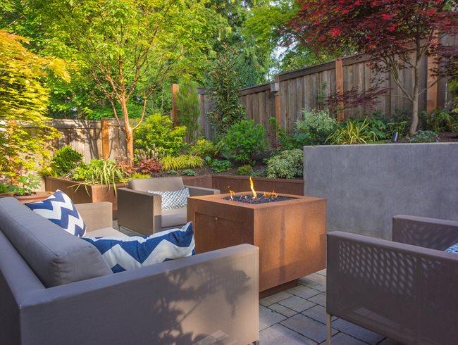Straight and Narrow Functional Garden in Portland | Garden ... on Garden And Outdoor Living  id=52930
