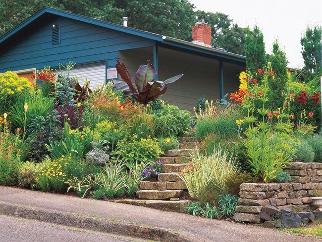 Landscaping a Tiny Garden | Garden Design on Garden Ideas For Sloping Gardens id=97158