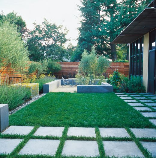 Small Garden Pictures - Gallery   Garden Design on Small Landscape Garden Design  id=81489