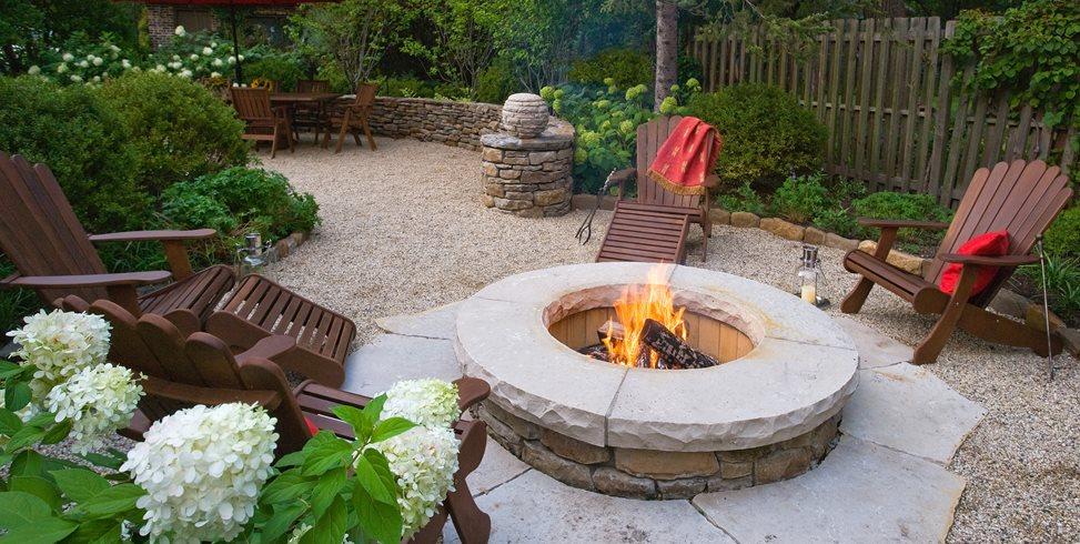 Tips for Outdoor Entertaining Areas | Garden Design on Garden Entertainment Area Ideas id=15767