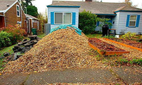 fertilizer woodchips