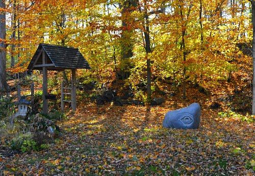 Aspen Grove Gardens, by Robert Pavlis, fall garden clean up