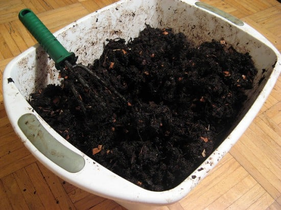 DIY Plastic Compost Bin