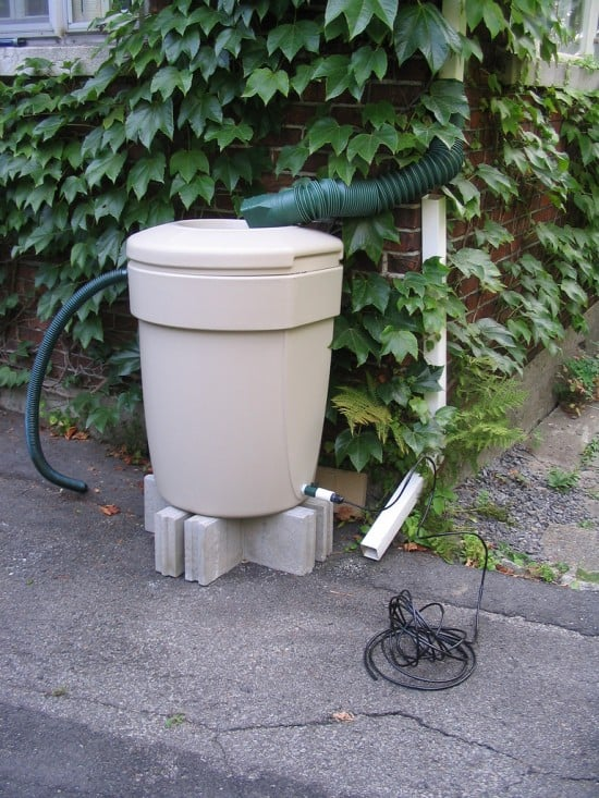 Turn a basic garbage can into a rain barrel