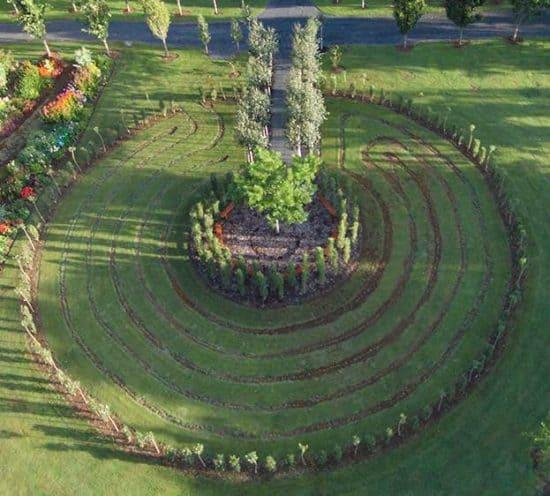 live tree church labyrinth walk