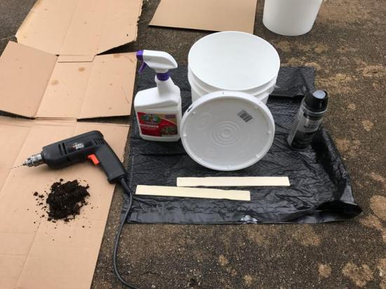 materials for DIY mosquito trap