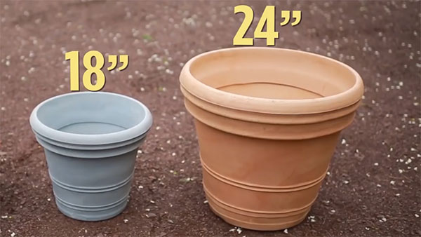 """18"""" and 24"""" planting pots"""
