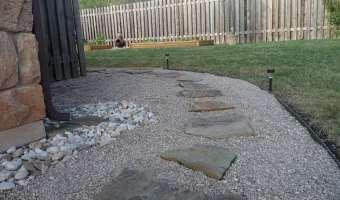 pea gravel landscape