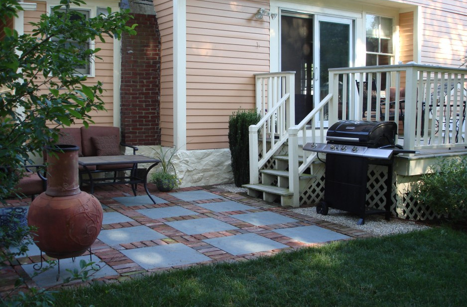Small patio ideas for every home - Gardening flowers 101 ... on Small Backyard Stone Patio Ideas id=55982