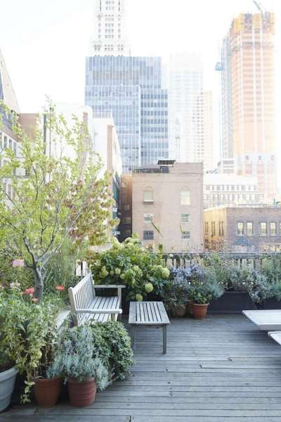 rooftop garden manhattan new york Garden Visit: At Home with Designer Julie Weiss in