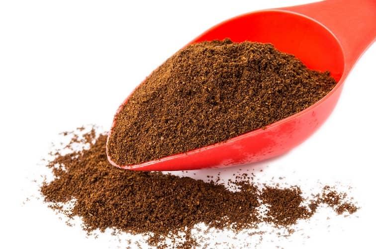 homemade-fertilizer-coffee-ground