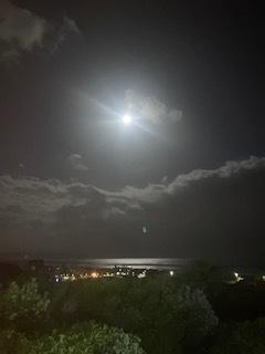 This image has an empty alt attribute; its file name is sept_moon_IMG_8859-2.jpeg