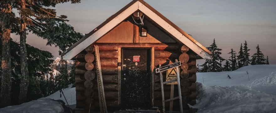 Log Cabin Insulation: How to Keep Warmth In