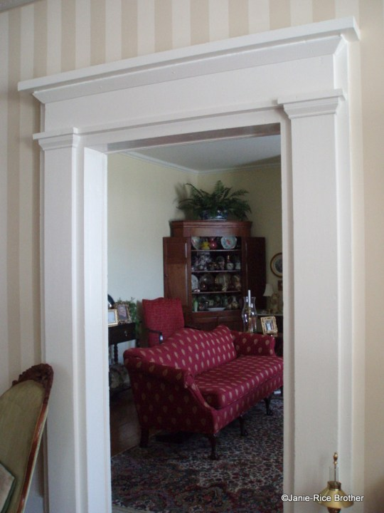 Interior photo, showing Greek Revival woodwork.