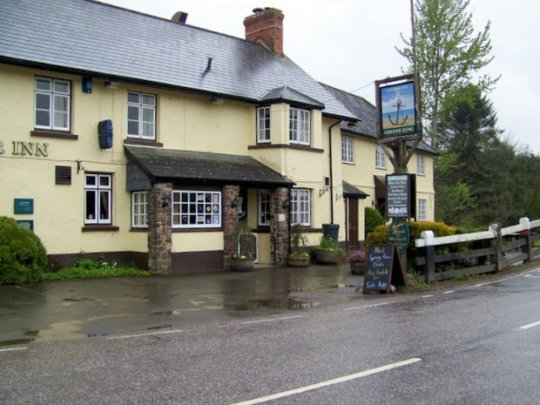 The Anchor Inn. Copyright Maigheach-gheal and licensed for reuse under this Creative Commons Licence.