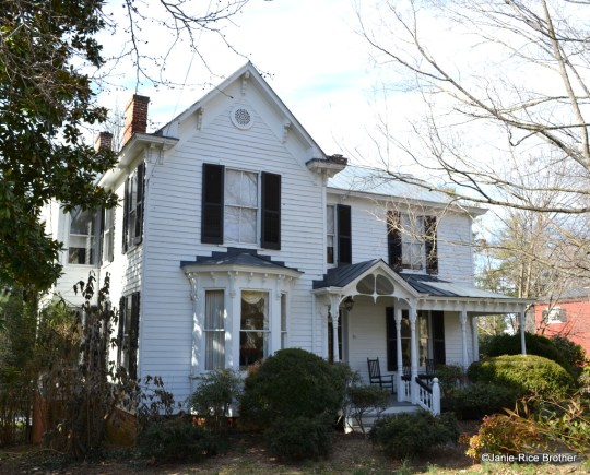 A pretty little bay window complete with brackets is found on this house in Lexington, Virginia.