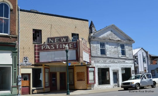 The New Pastime Theater in Falmouth, Kentucky.