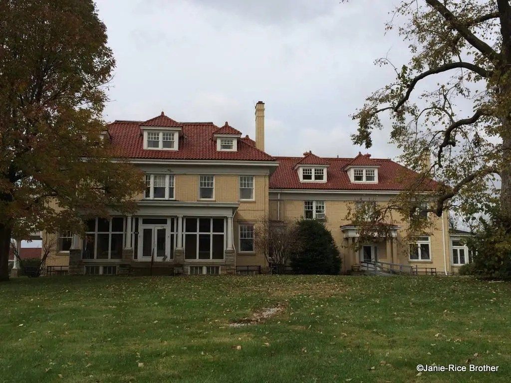 The Uncertain Fate of Carnahan House at Coldstream Farm – Gardens to ...