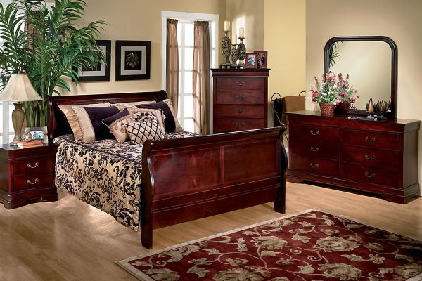 Louis 5-Piece Queen Bedroom Set at Gardner-White