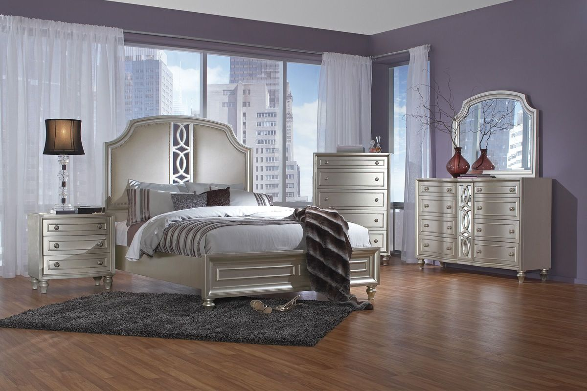 Colleen 5 Piece Queen Bedroom Set with 32  LED TV at Gardner White Colleen 5 Piece Queen Bedroom Set with 32