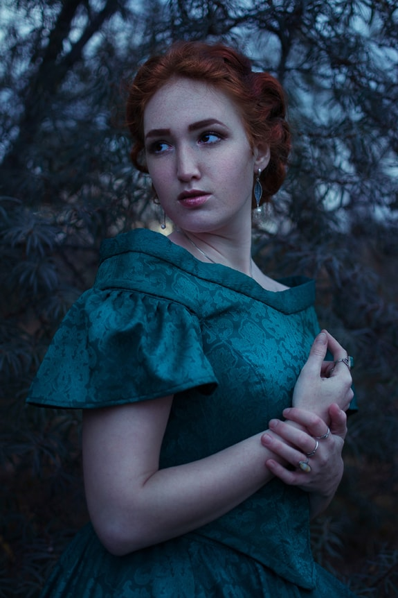 photo reference of beautiful Gothic redheaded lady in the dark woods