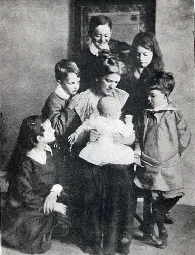 Crompton Family