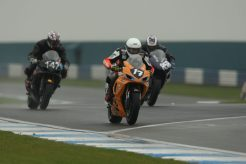 To the line Garf out drags a GSXR 1000