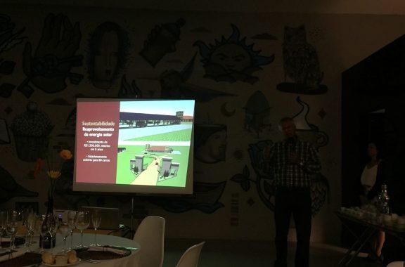 Sr Potter apresentou seus novos projetos e meios já utilizados na vinícola, para sustentabilidade. Crédito de imagem Surian Dupont