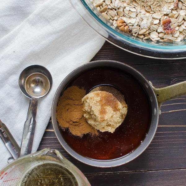 maple-cinnamon-pecan-granola-2