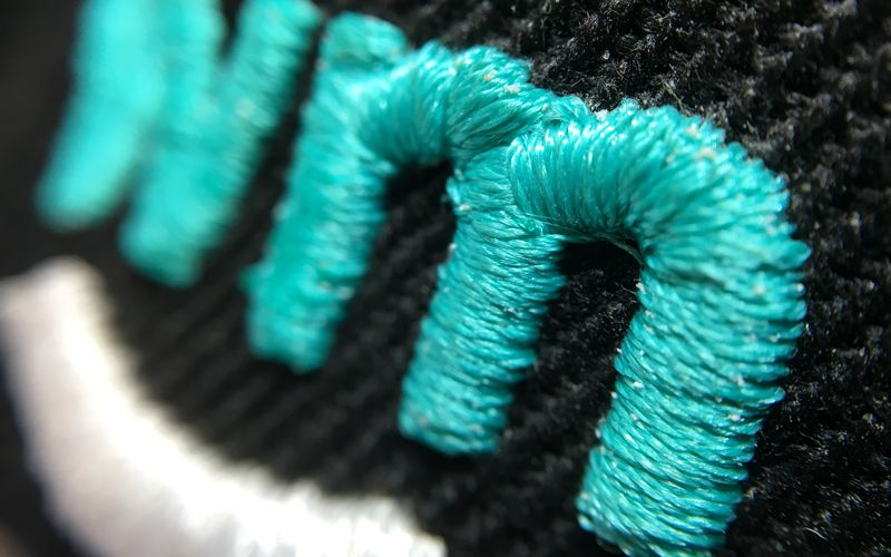 personalisation_colours_embroidery-