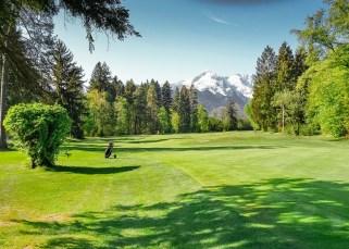 Golfclub - Blick auf das Höllental