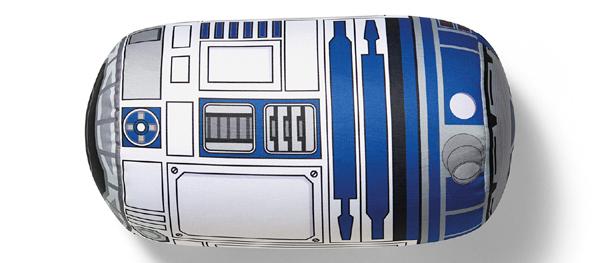E até um R2-D2 pra descansar o pescoço!