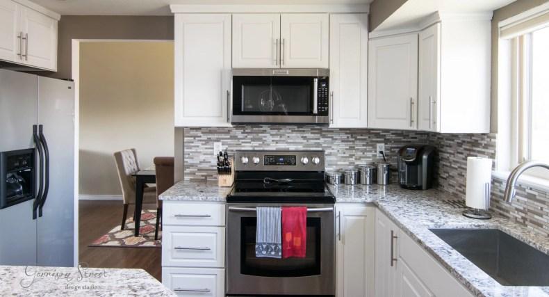 A Sleek New Microwave & How We Chose It