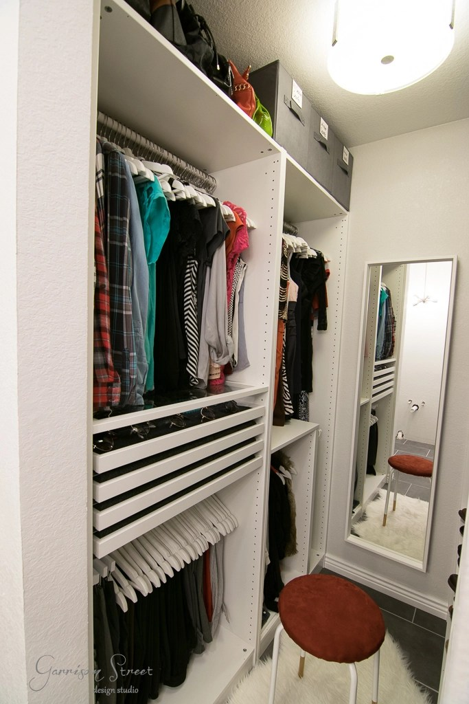 This Walk In Closet Is Only 25 Sqft! Can You Believe I Fit This Much Into  25 Sqft?! This Small Walk In Closet Really PAX A Lot In 🙂