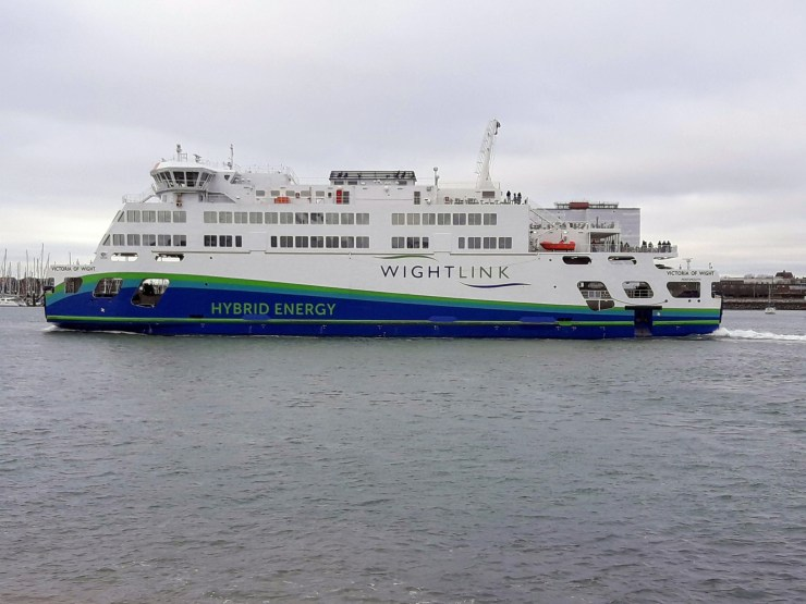 Hybrid ferry