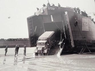 Lorry landing craft
