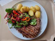 Steak potatos and salad