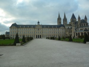 Hotel de ville in Caen 2017 bicycle tours