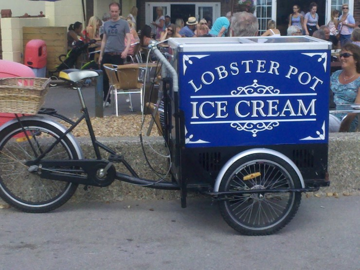 Ice cream shop on a bike