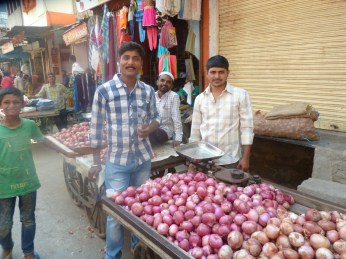 Smiley market traders