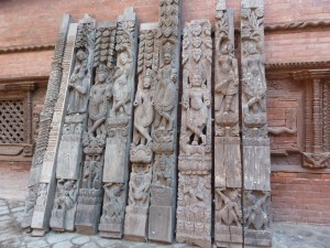 Carvings that fell off in the earthquake of 2015