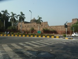 Masjid Khairul Manzil, Delhi
